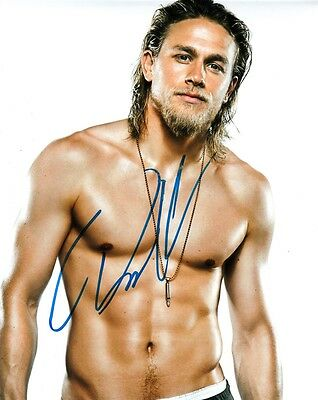"""Charlie Hunnam  Autograph Signed 10"""" X8""""  Photo  (Sons Of Anarchy) Coa   55"""