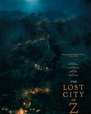"""Charlie Hunnam  Autograph Signed 10"""" X 8""""  Photo  (The Lost City Of Z) Coa   55"""