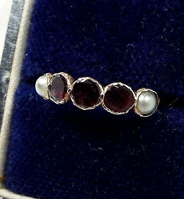 Antique Georgian 15ct Gold Flat Cut Garnet and White Pearl Band Ring / Size K