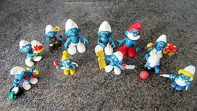 Vintage 70s - 80s smurfs including bobblehead plastic ones