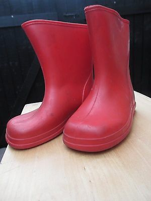 Red vintage gum boots, wellies, wellingtons Paddington Bear, small 6. Mothercare