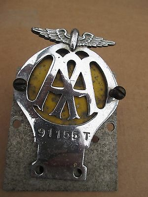 Vintage 1960's A.A.  Car Radiator  Badge. 91155T