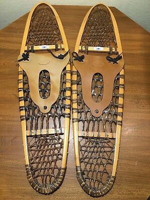 """GV of Quebec Canada Wood classic snow shoes with Rubber bindings 10x36"""""""