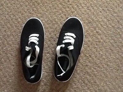 boys new black pumps vans style in size 3