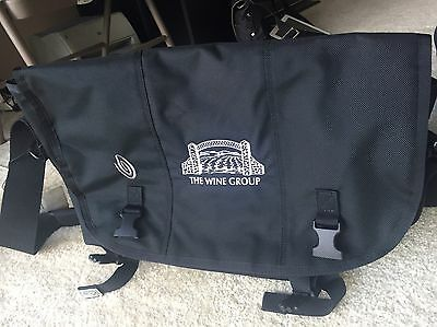 "Timbuk2 Classic 14.6""x12.2""x7.1"" Messenger Bag - Black"