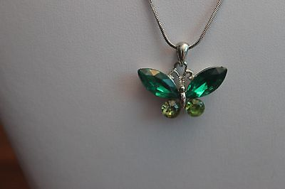 Costume Jewelry 14 Inch Chain Butterfly Pendent
