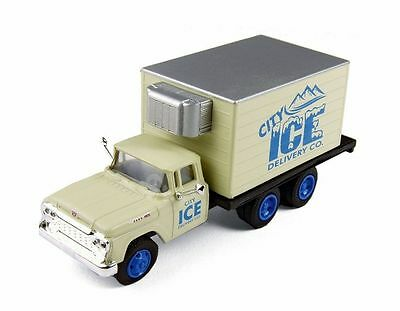 CMW (HO-Scale) #30417 * 1960 Ford Refrigerated Box Truck * City Ice Co