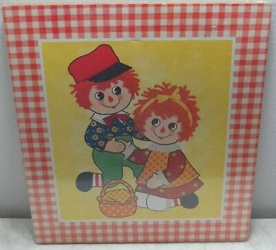 NEW MIP Vintage Raggedy Ann & Andy  Pictures by Stapco - Soroka Wall Plaques