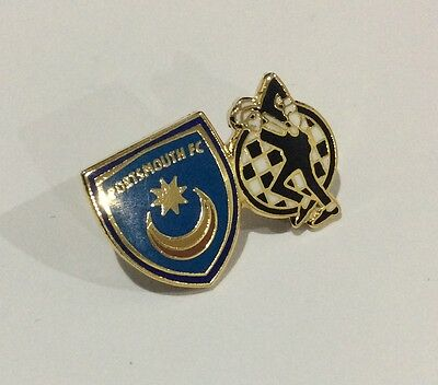 """PORTSMOUTH Football Club Badge FC Supporters """"SKA MUSIC MOD 2 TWO TONE """" Pin."""