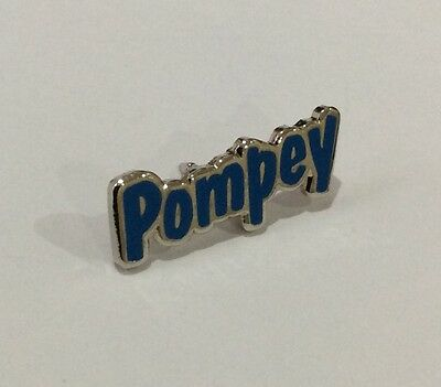 """PORTSMOUTH Football Club Badge FC Supporters """"POMPEY"""" Enamel Pin."""