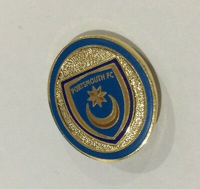 """PORTSMOUTH Football Club Badge FC SUPPORTERS POMPEY ENAMEL Pin """"OVAL"""""""