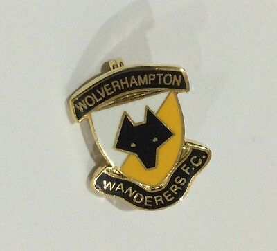 WOLVERHAMPTON WANDERERS Football Club Badge FC WOLVES wwfc SUPPORTERS PIN 1 of 2