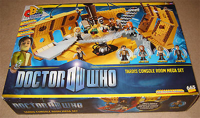 Doctor Who - Tardis Console Room Mega Set- Character Building - Boxed