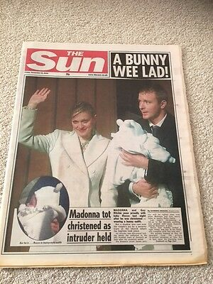 The Sun 22nd December 2000 Madonna / Guy Ritchie A Bunny Wee Lad !