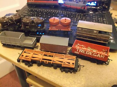 8 hornby triang  wagons lot 2