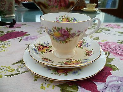 Pretty Vintage Foley English China Trio Tea Cup Saucer Plate Flowers Fruit 4004