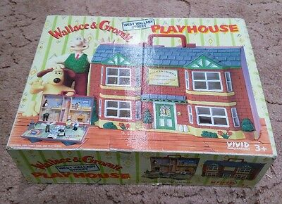 Wallace and Gromit Playhouse with Figures - Boxed