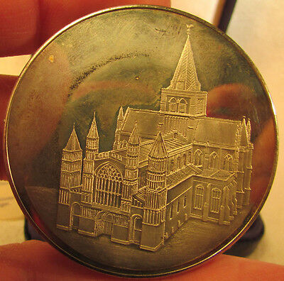 Rochester Cathedral Coin/ Medal