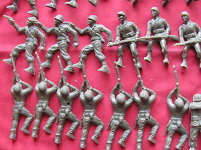 37 Army Men From 1957 Kellogg's Cereal Premiums