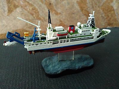 Ships Of The World 1/700 Oceanographic Research Vessel With Mini Submarine
