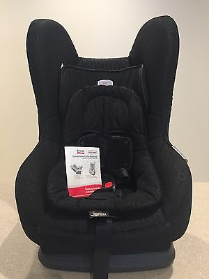 Britax Safe n Sound Compaq Baby Car Seat- Fantastic Used Condition! 2 Available
