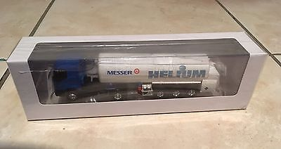 Norev 3 Inches Camion Renault Messer