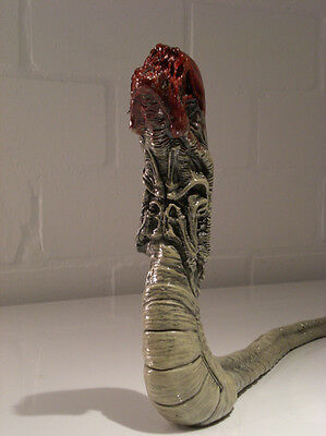 Chestburster from Aliens Lifesize 1/1 Movie Prop Replica -bloody Version-