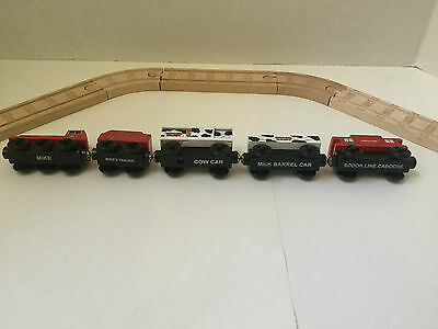 Thomas and Friends Wooden Railway -  Mike, Cow, Milk and Sodor Caboose Cars