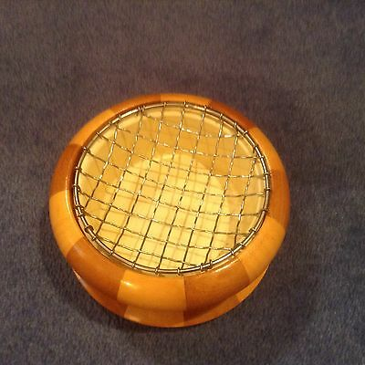Landcraft chequred Laminated wooden rose/ posy bowl with chrome rim and mesh
