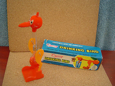 RARE GENUINE 60s / 70s VINTAGE CRAZY DRINKING BIRD - BOXED UNUSUAL NOVELTY ITEM