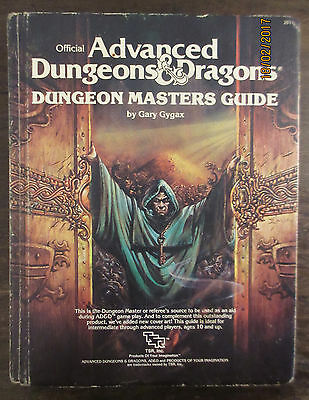 Official advanced dungeons and dragons dungeon masters guide - Hardback