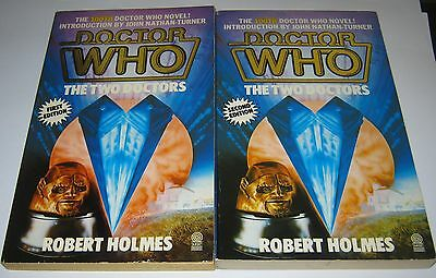 BOTH EDITIONS of Dr Who The Two Doctors Robert Holmes 1985 Target Paperback Book