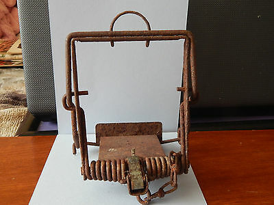 Vintage Rusty Trap Old Country Display Piece