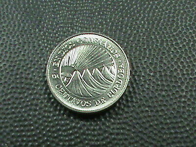 NICARAGUA    5 centavos    1972    BRILLIANT  UNCIRCULATED   ,   MAGNETIC