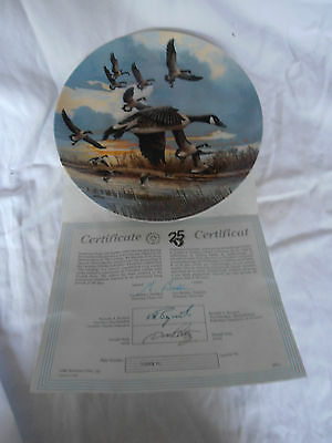 Dominion Canadian Goose Plate  The Landing  Donald Pentz  *