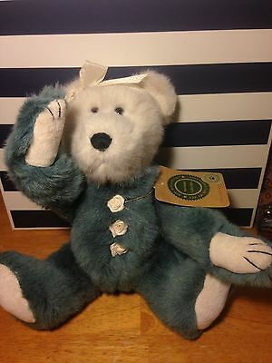 Boyds Bear Gwenorra Doll Ribbon Rosette Button Blue And White Two Toned Retired