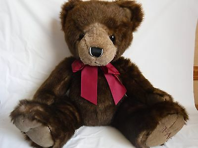 FAO Schwarz 22 inch Large Plush Brown Teddy Bear Red Bow 2012