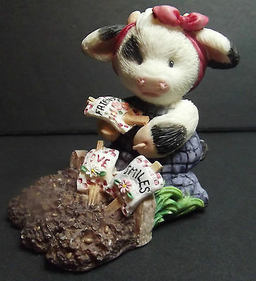 Mary's Moo Moo Sowing the Seeds of Friendship 1996 Enesco Cow 207004 Numbered