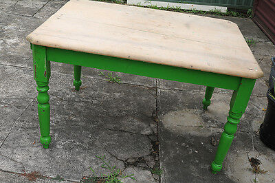 Antique Pine Timber Kitchen Dining Table with Turned legs