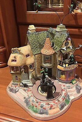Lemax Spooky Town WITCHES BREW HAUS Village House Animated 2009 Halloween