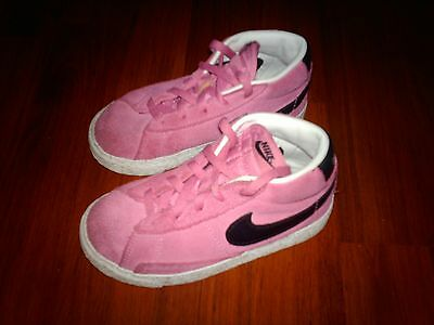 Girl's Suede Pink NIke Trainers/Bootees (size infant 8.5)