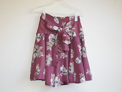 Vintage Ladies 1980S Foral Pattern Knot Skirt (Size S)