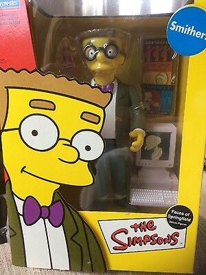 The Simpsons Faces of Springfield Deluxe Figure Smithers