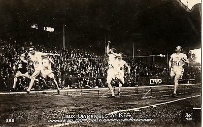 1924 Olympic Games Paris GOLD MEDAL WINNER HAROLD Abrahams in Action Final 100m