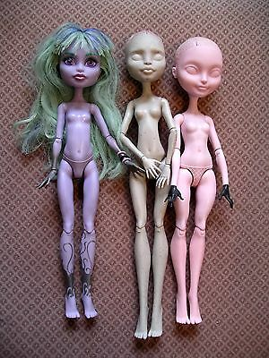 3 Monster High dolls to customise and repaint