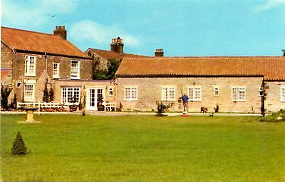 Foxholm Hotel - Ebberston - Scarborough - Yorkshire - Postcard