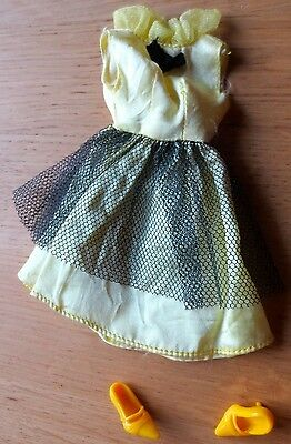 Vintage Barbie or Sindy sized Yellow Black Dress and shoes