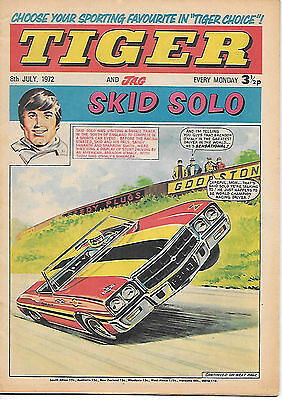 Tiger 8 July 1972: Richard Hutton cricket comic strip biog/Jackie Charlton pinup