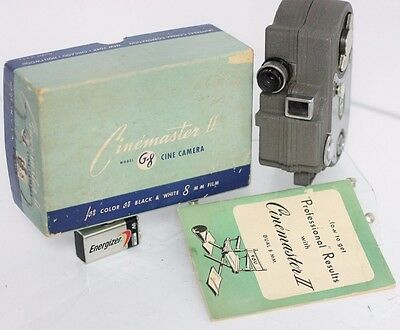 Rare Boxed - Universal Cinemaster II Model G-8 8mm Movie Film Camera **READ**