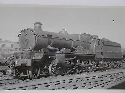 RAIL PHOTO -GWR 5035 CASTLE CLASS 4-6-0 Coity Castle at Old Oak Common